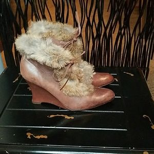 Distressed Genuine Leather/Real Rabbit Fur Boot